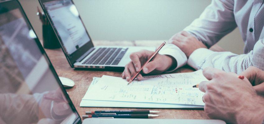 Umgangsrecht und Arbeitsrecht – Ist der Arbeitgeber verpflichtet bei der Planung der Dienstpläne ein Umgangsrecht zu berücksichtigen?